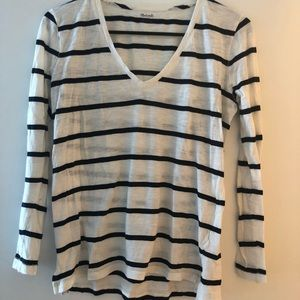 Madewell casual black & white tee size XS